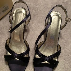 David's bridal Shoe